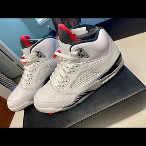 Air Jordan Retro 5 university white /red size 11